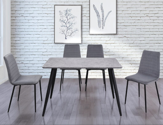 Manhattan Dining Table & Chairs